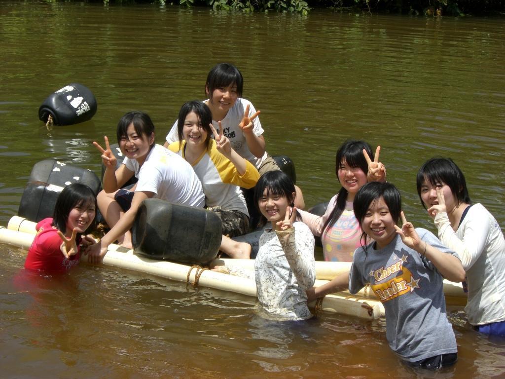 梦佳里瀑布皮划艇