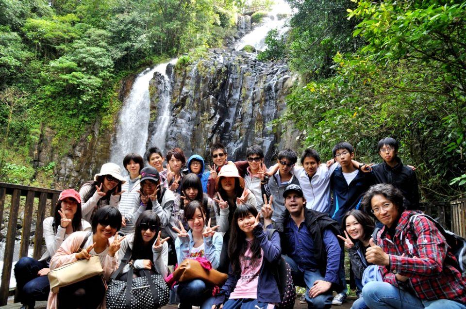 梦佳里瀑布国际留学生
